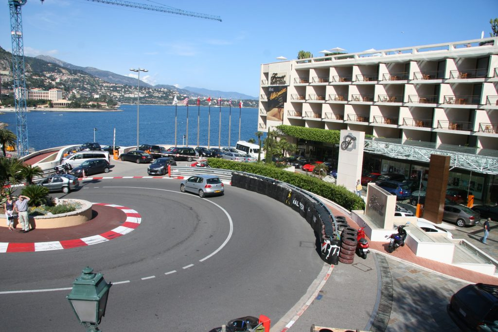 Grand_Hotel_Hairpin_F1
