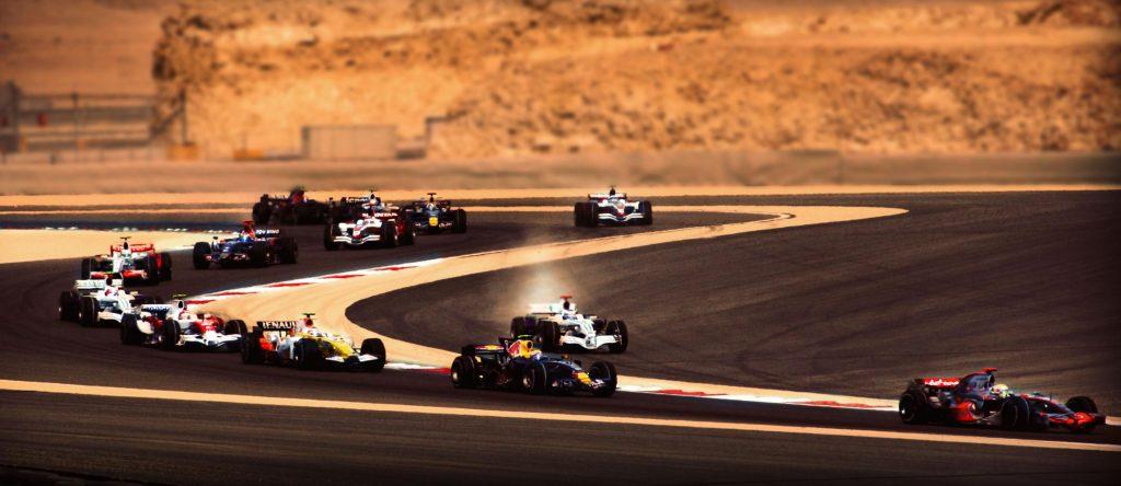 First_lap_2008_Bahrain