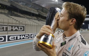 formula-one-abu-dhabi-mercedes-start-1280x686